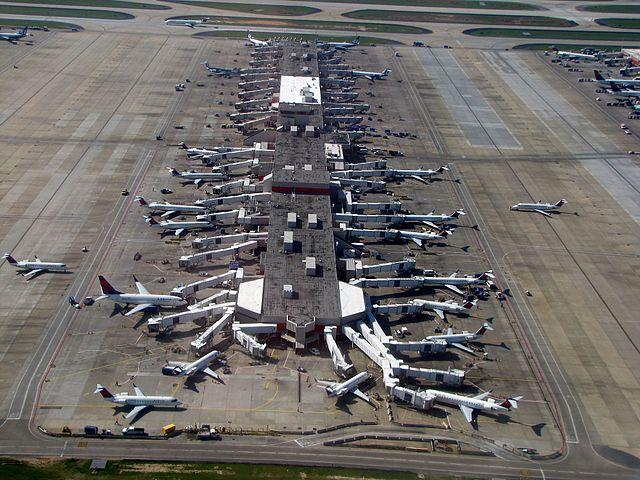 640px-Hartsfield-Jackson_Atlanta_International_Airport_(7039222923)