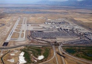 640px-SLC_airport,_2010